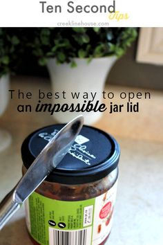 How to open ANY super tight jar lid! This trick always works for me!