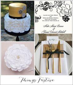 Glam Black & Gold Wedding with Floral Details