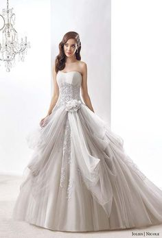 2016 Wedding Dresses Collection by Nicole Jolies