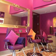 Bombay brow bar Vancouver ! Beauty Salon Decor, Hair And Beauty Salon, Beauty Bar, For Lash, Brow Bar, Boutique Ideas, Makeup Studio, Salon Style, Salon Design
