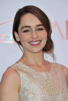 Emilia Clarke Photos - 13th Annual AFI Awards - Arrivals - Zimbio