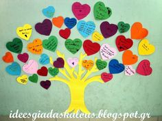 love tree- heart tree in our classroom Teaching Emotions, Teaching Aids, Beginning Of School, First Day Of School, Autumn Activities, Preschool Activities, Owl Labels, Kindergarten Classroom Decor, School Doors