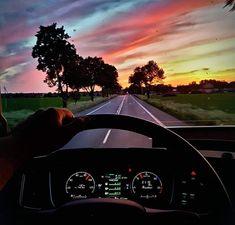 Truck Living, Semi Trucks, Techno, Mercedes Benz, Cars, Wallpaper, Volvo Trucks, Recording Studio Design, Motorbikes