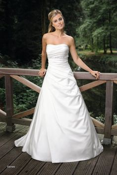 Trouwjurk model Esmee van Affinity Bridal