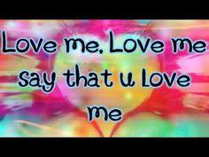 Justin Bieber- Love Me Lyrics