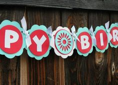 DIY Birthday Banner - Cute! (So much cheaper and personal! Bee 🐝)