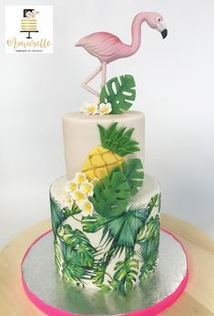 Hawaii Birthday Cake, 13th Birthday Cake For Girls, Hawaii Cake, Flamingo Birthday, Hawaii Hawaii, Luau Theme Party, Fun Party Themes, Tropic Cake, Pinapple Cake