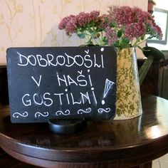 Nekaj časa smo poslušali različna mnenja o novi gostilni v Bistri, nato pa smo se neko nedeljo odločili in zapeljali prek Vrhnike proti Borovnici.