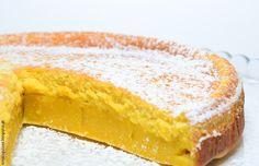 Bolo Queijada de Laranja - Há alguém mais gulosa do que eu? Magic Cake Recipes, Sweet Recipes, Dessert Recipes, Desserts, Cupcakes, Cupcake Cakes, Brazilian Dishes, Sour Cream Pound Cake, Food Wishes