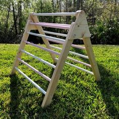 How to Make a Foldable Pikler Triangle (climbing Frame): 10 Steps (with Pictures) Climbing Frame Diy, Stair Plan, Toddler Climbing, Preschool Garden, Star Diy, Wood Projects, Carpentry Projects, Outdoor Projects, House Projects