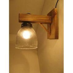 Aplique De Pared Rustico Estilo Campo Madera Hierro Tulipa - $ 239,00 en MercadoLibre http://articulo.mercadolibre.com.ar/MLA-572758712-aplique-de-pared-rustico-estilo-campo-madera-hierro-tulipa-_JM