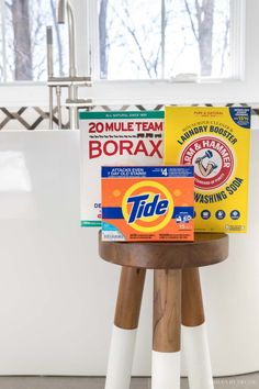 Laundry strip recipe with these 3 simple ingredients! Homemade Cleaning Products, Household Cleaning Tips, House Cleaning Tips, Deep Cleaning, Cleaning Hacks, Borax Cleaning, Cleaning Recipes, Cleaning Supplies, Powder Laundry Detergent