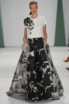 See the Carolina Herrera Spring 2015 collection on Vogue.com.