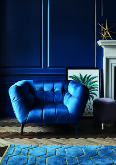 Living room decor ideas with dark furniture blue velvet 33 Best Ideas Blue Velvet Chairs, Velvet Room, Blue Velvet Sofa Living Room, Blue Chairs, Metal Chairs, Accent Chairs, Blue Armchair, Velvet Armchair, Living Room Chairs