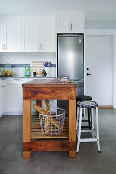 """Tour """"Love It or List It"""" Jillian Harris's Vancouver Home, love the lemons in the canister!"""
