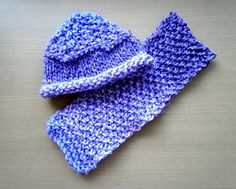 Baby legwarmers and hat