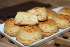 Pogacele cu jumeri Muffin, Breakfast, Food, Morning Coffee, Essen, Muffins, Meals, Cupcakes, Yemek