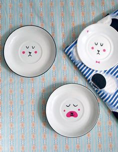 Add sweet faces to dishes