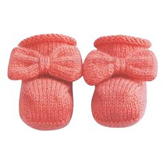 Free Knitting Pattern Baby Socks. These baby socks are lovely warm and soft. They are made of Phildar Super Baby, a super soft yarn consisting of a combination of lambswool and acrylic.