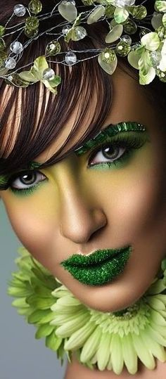 ...Like us on Facebook ~ HAIR NEWS NETWORK! http://on.fb.me/1P4ecC2