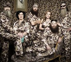 Duck Dynasty - Robertson Family Portrait