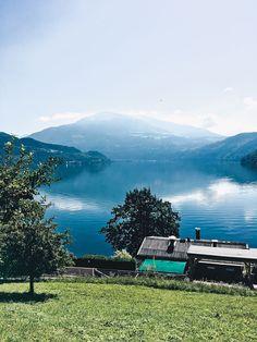 VANILLAHOLICA Guide für Österreich auf VANILLAHOLICA.com Österreich ist ein Paradies für alle Naturliebhaber. Ganz gleich, ob es um die wunderschönen und atemberaubenden Bergkulisse der Alpen geht. Oder ob es sich um die blauen, bis türkisblauen Seen handelt, die im Sommer kühlen. Im Sommer lässt es sich in Österreich perfekt wandern, klettern, Mountain biken, und anderen Outdoor Aktivitäten nachgehen. In der kälteren Jahreszeit hingegen bieten viele Ferienregionen perfekte Skigebiete zum… Seen, World Pictures, European Countries, Roadtrip, Weekend Getaways, Travel Around, Travel Inspiration, National Parks, Explore