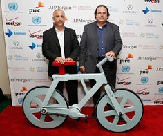 Bike made of cardboard could help people in Third World countries find jobs.