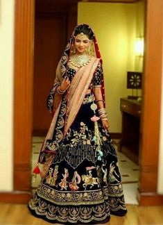 Generally, Indian brides spend months deciding on the perfect wedding lehenga. While the lehenga is always special for the bride and her family, there are very few lehengas that strike a chord with strangers as well. Designer Bridal Lehenga, Indian Bridal Lehenga, Indian Bridal Outfits, Indian Bridal Wear, Indian Dresses, Saris, Velvet Dress Designs, Bollywood, Lehenga Collection