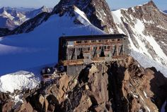 Capanna Regina Margherita, highest hutte in Europe