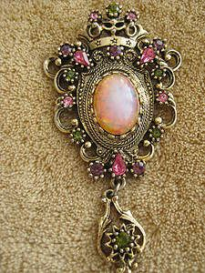 Sarah Coventry Brooch -- my grandma sold Sarah jewerly -- she has this one...
