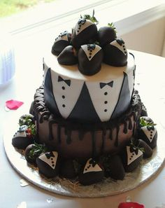 Tuxedo and Chocolate Groom's Cake