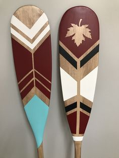 Red Brick Emporium Decorative Paddle Workshop You can't get more Canadian than this! Join us in our RBE Workshop to design your own Canadian made paddle! Painted Oars, Sorority Canvas, Sorority Paddles, Sorority Recruitment, Canoe Paddles, Sorority Crafts, Red Bricks, Barn Quilts, Creative Crafts