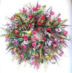 Spring Garden Wreath-Wildflower Wreath-Tulip by SeasonalWreaths Wreath Crafts, Diy Wreath, Wreath Ideas, Tulip Wreath, Floral Wreath, Flower Wreaths, Corona Floral, Deco Originale, Arte Floral