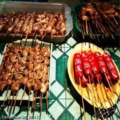#bbq #streetfood #philippines World Street Food, St Food, Jollibee, Philippines Food, Deli, Dinner Ideas, Waffles, Grilling, Foods