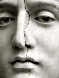 Marble statue, amazing eye detail