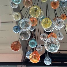 Unik lampeserie | Hadeland Glassverk Mountain Cottage, Unique Lamps, Hygge, Glass Art, Lights, Interior Design, Showroom, Lightning, Bowls