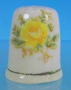 Souvenir China Thimble YELLOWSTONE Yellow Roses