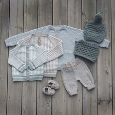 Noe av det du vil finne i den nye boka vår, Klompelompe Strikk til hele… Baby Clothes Patterns, Baby Knitting Patterns, Knitting For Kids, Free Knitting, Boy Diy Crafts, Baby Suspenders, Baby Diy Projects, Baby Barn, Knitted Baby Clothes