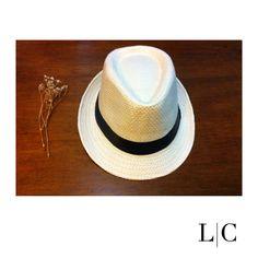 Chapéu panamá bege claro