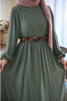 Modest Fashion Hijab, Modesty Fashion, Indian Fashion Dresses, Abaya Fashion, Fashion Outfits, Muslim Women Fashion, Islamic Fashion, Mode Abaya, Mode Hijab