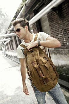 The choice between daypacks, rucksacks, travel bags and minimalist backpacks can leave any shopper confused.