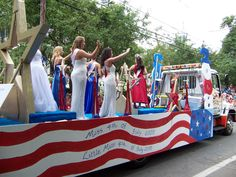 4th Of July Parade, Fourth Of July, Christmas Float Ideas, Pioneer Day, Parade Floats, Jailhouse Rock, East Bay, Star Spangled, Little Miss