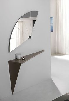 Home Decor Ideas selected 20 Luxury Wall Mirrors Designs for your Home. With these expensive mirrors, you'll get a luxury interior design without any effort. Flur Design, Beton Design, Decoration Hall, Entryway Decor, Unique Home Decor, Cheap Home Decor, Home Interior Design, Interior Decorating, Luxury Interior