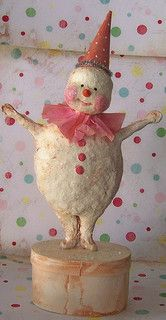 Sweet, shabby Snowfellow: Hand sculpted paper mache, painted with acrylics. Paper party hat and crepe collar. Finished with tons of glass glitter. Shabby Chic Christmas, Pink Christmas, Christmas Snowman, All Things Christmas, Vintage Christmas, Christmas Holidays, Christmas Decorations, Christmas Ornaments, Frosty The Snowmen