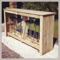 Weekend project: A pallets dry bar with stool storage. On wheels for mobility! :) #outdoor #deck #ideas