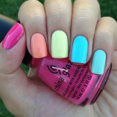 35 Bright Summer Nail Designs Simple Colorful Nail Design for Summer: Choosing five, bright summer, energetic colours, looks perfect. Finish the look with a glossy topcoat. This is simple to achieve and effective. Nail Art Designs, Short Nail Designs, Colorful Nail Designs, Nail Designs Spring, Simple Nail Designs, Nails Design, Colourful Nails, Summer Holiday Nails, Bright Summer Nails