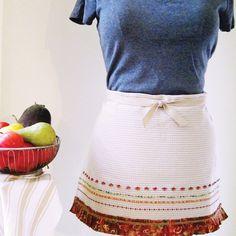 November 2015 Free Monthly Project - Kitchen-Towel Apron - HUSQVARNA VIKING®