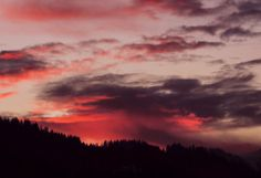 Sky on fire. By the talented Pix-cel Photography, http://celineducrettet.com/    <3