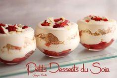 TIRAMISU AUX FRAISES (Pour 4 verrines -  250 g de mascarpone, 2 œufs, 75 g de sucre, 250 g de fraises, un peu de sucre semoule, 8 Spritz ou biscuits cuillères émiettés)
