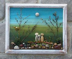 Pebble Art Family Three Pebble People: por CrawfordBunch en Etsy